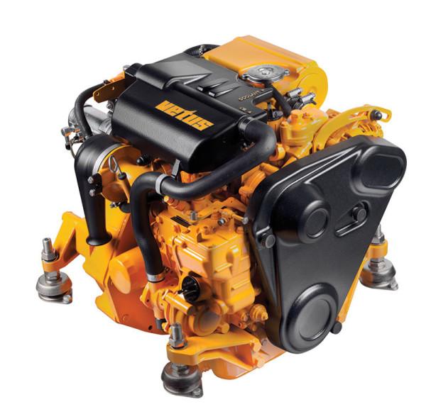 16 hp Vetus M2.18 merimoottori 2.0:1